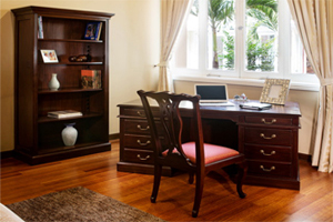 The Seville set offers a full-sized executive desk with stately design. Plenty of drawers for storage & ample working space. <br>Desk size: 168 x 88 x 76 cm, Bookshelf size: 100 x 35 x 190 cm